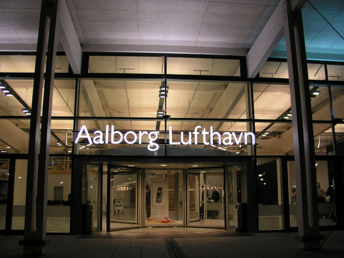 Aalborg Airport counts with a single passenger terminal.